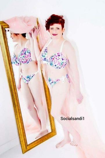 Socialsandi119